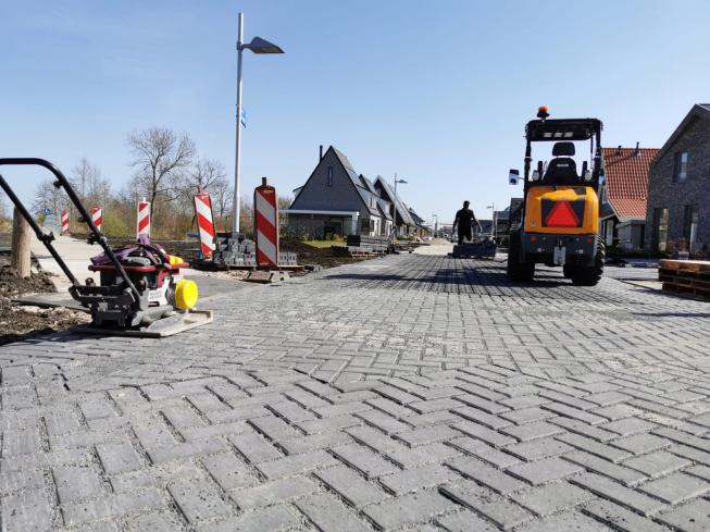 AW Rijneveld Infra maakt Zuidhoek in Nieuwkoop woonrijp via het water